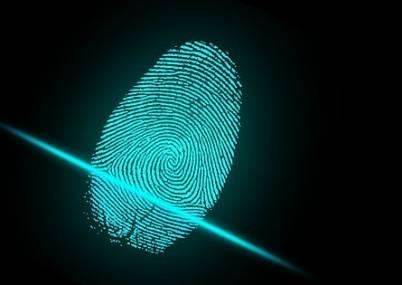 Biometrisk kredittkort med fingeravtrykk