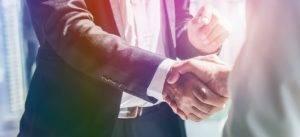 Lukke et forbrukslån med håndhilse