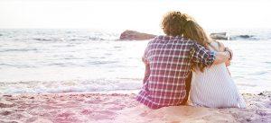 Eksempelbilde: mennesker på stranden med gjeldsproblemer